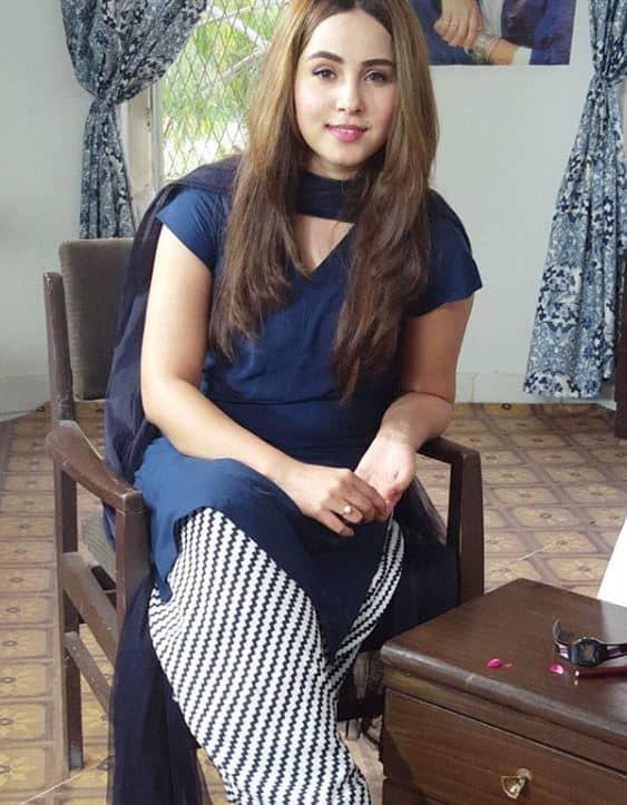 nimra khan old pics