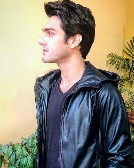 Ahsan Mohsin Ikram biography