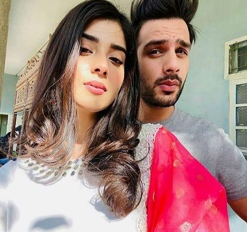 zainab shabbir and usama khan pics