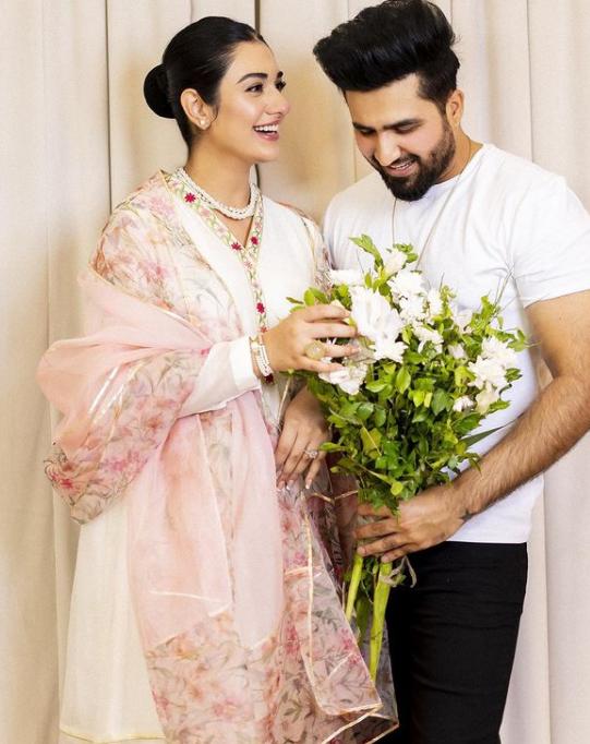 Sarah Khan Eid Dresses 2021